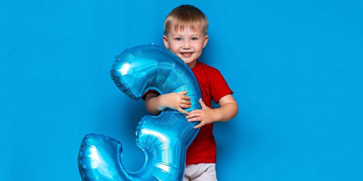 offrir un cadeau à un enfant de 3 ans